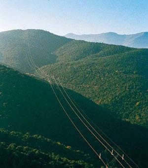 Ligne à haute tension dans les Pyrénées