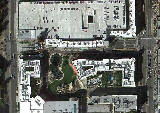 Mall-Americana-Glendale-3-google-earth.jpg
